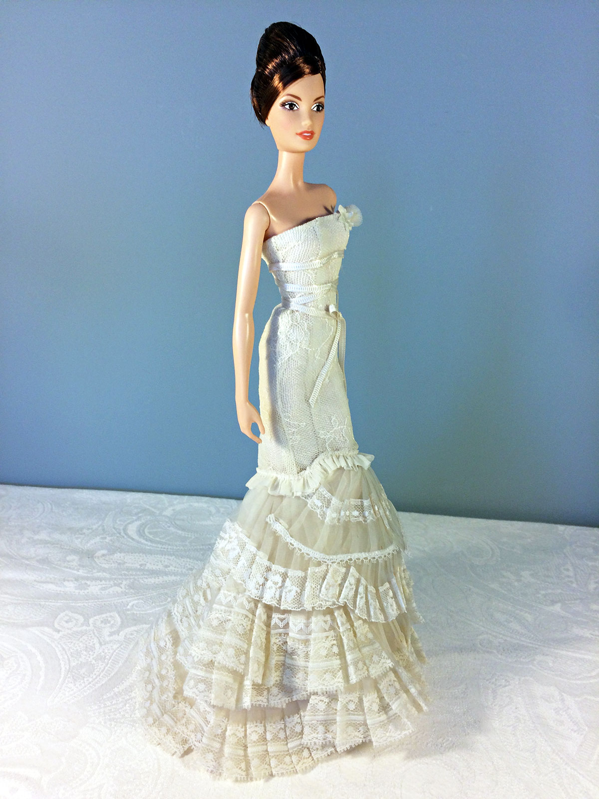 Vera Wang Bride: The Romanticist Barbie Doll - Perfectory Barbie Edition